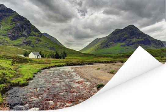 Uitzicht met groene omgeving van Glen Coe in Schotland Poster 180x120 cm - Foto print op Poster (wanddecoratie woonkamer / slaapkamer) XXL / Groot formaat!