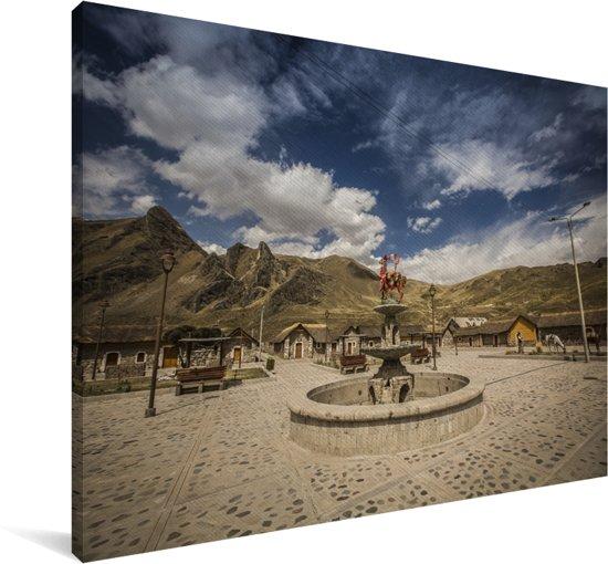 Dorpje in de vallei van de Colca Canyon in Zuid-Amerika Canvas 30x20 cm - klein - Foto print op Canvas schilderij (Wanddecoratie woonkamer / slaapkamer)