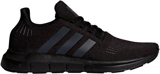 | adidas Swift Run Sneakers Maat 44 23 Mannen