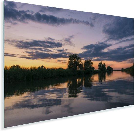 Weerspiegeling van de lucht in het water bij de Donaudelta in Roemenië Plexiglas 30x20 cm - klein - Foto print op Glas (Plexiglas wanddecoratie)