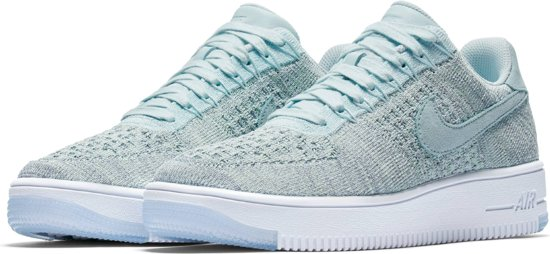 Nike Air Force 1 Flyknit Low - Sneakers - Vrouwen - 820256-400 - Maat 38,5 - Glacier Blue