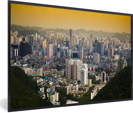Foto in lijst - Het Chinese Guiyang bij zonsopkomst in Azië fotolijst zwart 60x40 cm - Poster in lijst (Wanddecoratie woonkamer / slaapkamer)