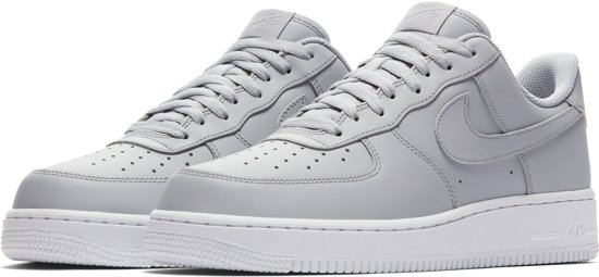 73bb00a86d1 bol.com | Nike Air Force 1 '07 - Sneakers - Grijs/Wit - Heren - Maat ...
