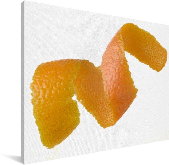 Sinaasappel pel op een witte achtergrond Canvas 80x60 cm - Foto print op Canvas schilderij (Wanddecoratie woonkamer / slaapkamer)