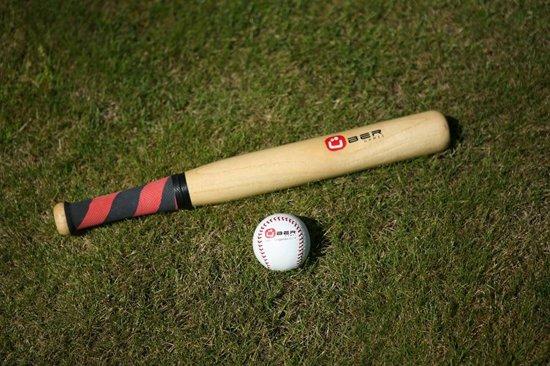 Rounder Bat & Ball