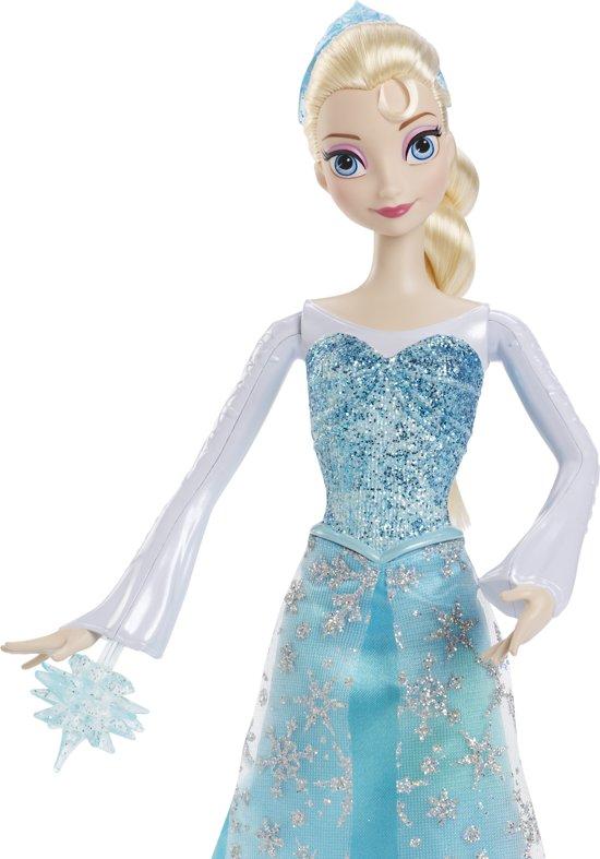 Frozen Elsa Pop schiet zelf ijs!