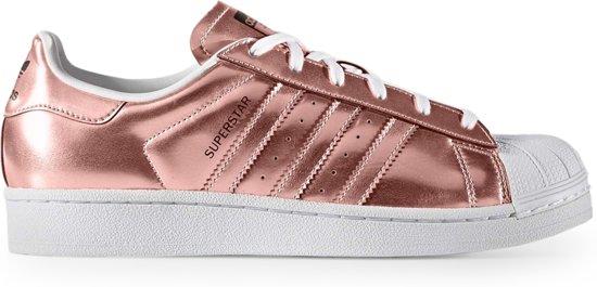 sneakers for cheap f6f94 6df75 Adidas - Sportschoenen - Vrouw - Superstar - lightcoral