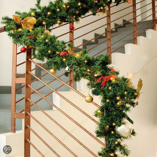 dennentak met 100 lichtjes kerstverlichting kerstlicht kersttak