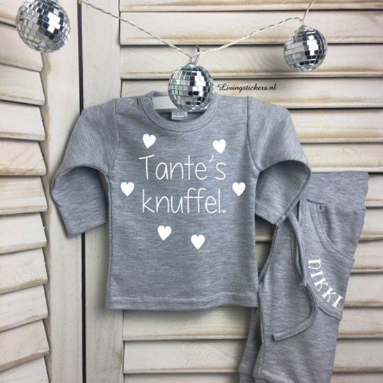 Shirtje Tante's knuffel.