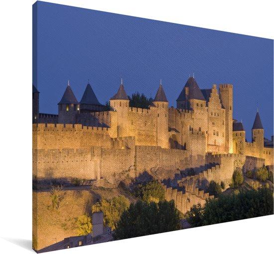 Kasteelmuren bij Carcassonne in Frankrijk verlicht in de nacht Canvas 180x120 cm - Foto print op Canvas schilderij (Wanddecoratie woonkamer / slaapkamer) XXL / Groot formaat!