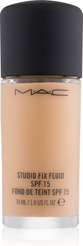 MAC Cosmetics Studio Fix Fluid Foundation - NC20