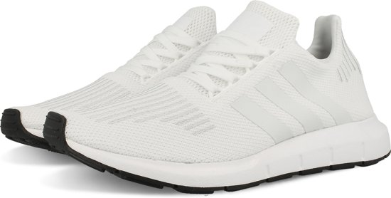 | adidas SWIFT RUN CG4112 schoenen sneakers