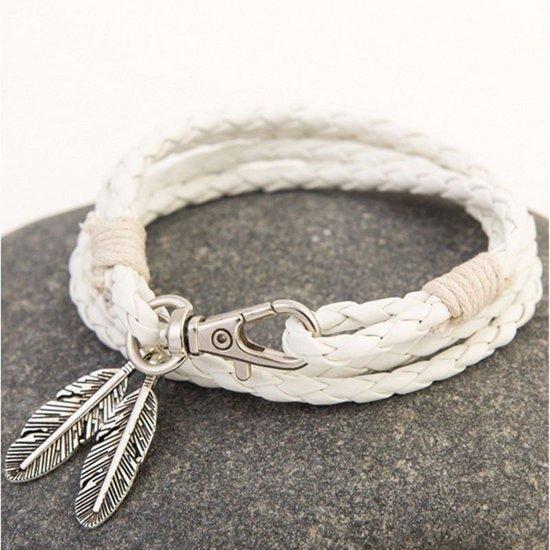 Witte heren armband met veer