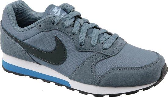 d03547510af bol.com | Nike MD Runner 2 (GS) Sneakers - Maat 36.5 - Unisex ...