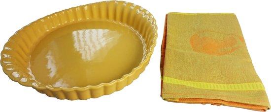 Pirofila Crostata keramische ovale ovenschaal met serveerdoek. Merk: Grand Chef. Kleur: oker.