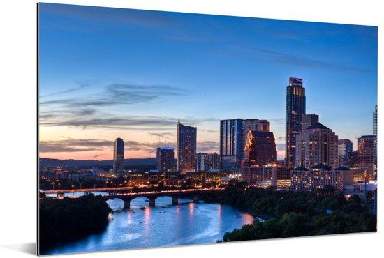 De South Congress-brug in de Texaanse stad Austin bij avondschemering over de Colorado River Aluminium 30x20 cm - klein - Foto print op Aluminium (metaal wanddecoratie)