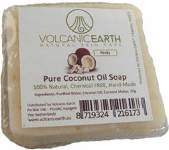 Volcanic Earth Handgemaakte Zeep met Kokosolie [+ 1 gratis]