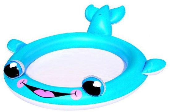 Zwembad walvis met sproeier