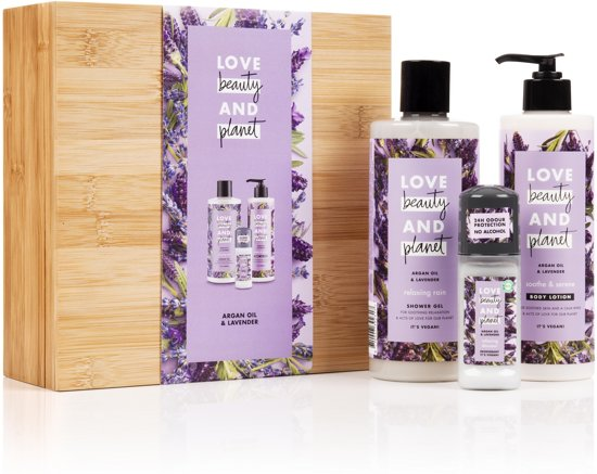 Love Beauty and Planet Luxe Geschenkset Purple Bamboo Box - Argan Oil & Lavender - Kerstcadeau