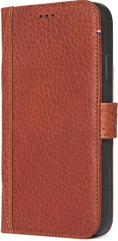 Decoded Drop Protection Wallet - Premium Leren Book Cover met magneetsluiting  voor iPhone XR - Bruin