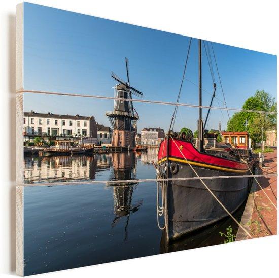 Stadsbeeld van Haarlem in Noord-Holland Vurenhout met planken 90x60 cm - Foto print op Hout (Wanddecoratie)