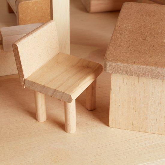 Ecologisch houten poppenhuis met meubels