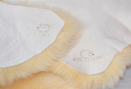 Schapenvacht voor baby WOOLSKINS / kraamcadeau & Babycadeau - Vachtlengte +/-3cm