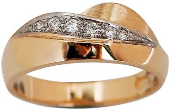 De heuvels. Gouden ring met 0,10k diamanten 21mm