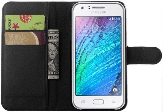 Samsung Galaxy J5 Lychee Lederen Portemonnee Hoesje Zwart  type/bouwjaar telefoon 2015 in Witte Paarden