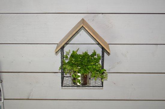 Bol huisje van zwart draadijzer met houten dak