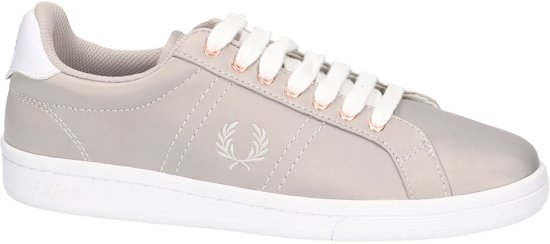 | Fred Perry B 2291 W Sneaker laag gekleed