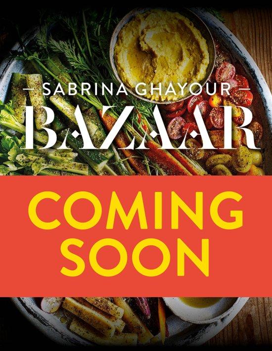 Boek cover Bazaar van Ghayour, Sabrina (Hardcover)
