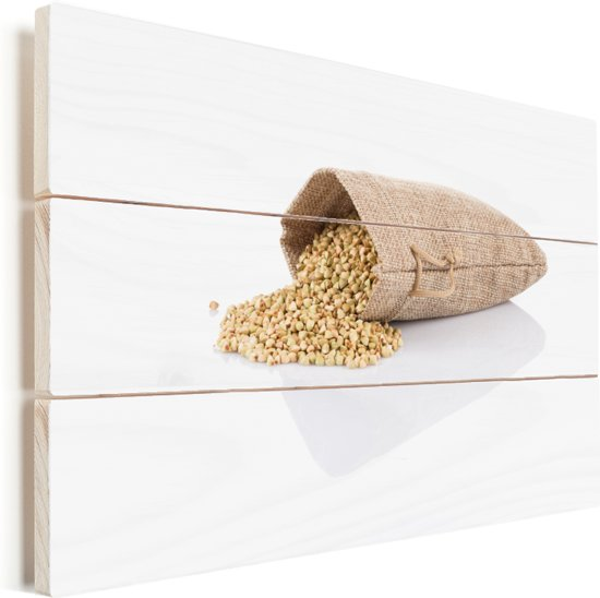 Omgevallen jutezak vol met boekweit korrels Vurenhout met planken 60x40 cm - Foto print op Hout (Wanddecoratie)