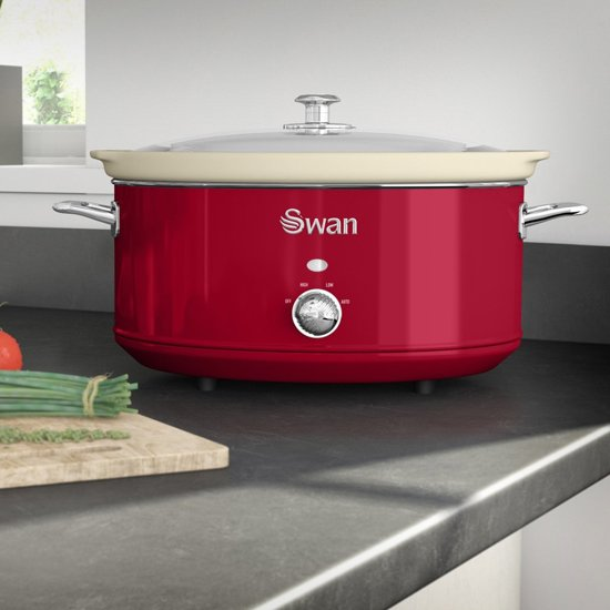 Swan Retro 6.5 L Slowcooker Rood