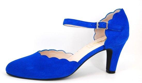 8937e1a9134 Stravers | Maat 43 ? Kobalt blauwe pumps met bandje |Hakken grote maten  Damesschoenen