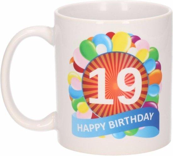 Bol Com Verjaardag Ballonnen Mok Beker 19 Jaar Shoppartners
