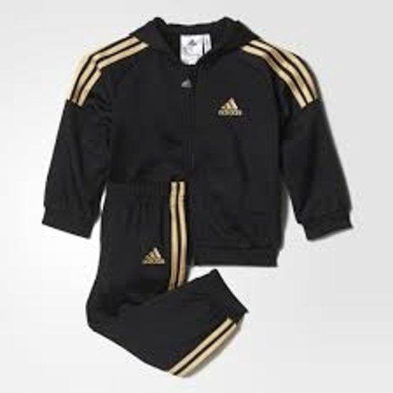 dcad399738c bol.com   Adidas Baby Trainingspak - Black/Goud - Maat 104