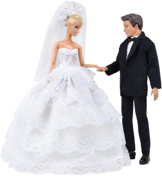 Trouwjurk en trouwpak voor modepoppen - Bruidspaar