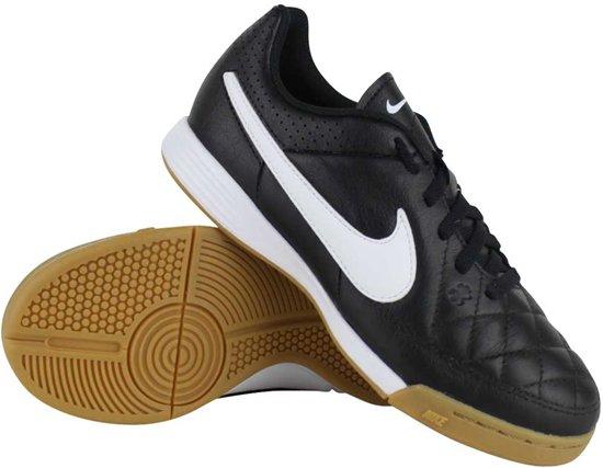 cheap for discount 89ea8 3ca6c Nike - Junior Tiempo Rio III - Zaalschoen - Zwart - maat 34