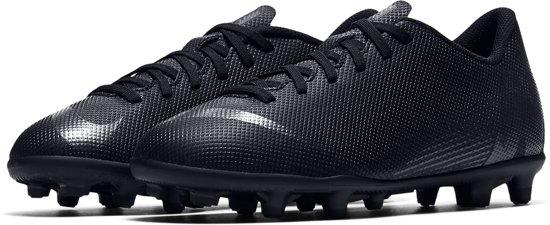 ed5cf5d9c65 Nike Mercurial Vapor 12 Club MG Sportschoenen - Maat 32 - Unisex - zwart