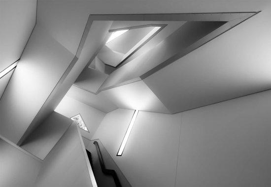 Fotobehang Staircase|V4 - 254cm x 184cm|Premium Non-Woven Vlies 130gsm