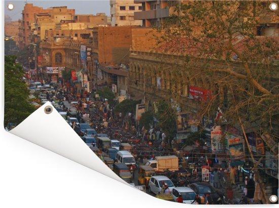 Super drukte op de wegen in Karachi Tuinposter 40x30 cm - klein - Tuindoek / Buitencanvas / Schilderijen voor buiten (tuin decoratie)