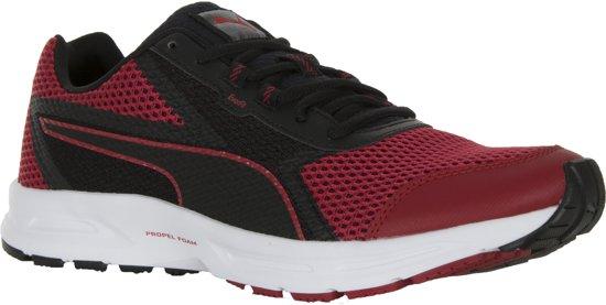 2a12fc0e4dc bol.com | Puma Essential Runner Sneakers - Maat 45 - Mannen - rood/zwart