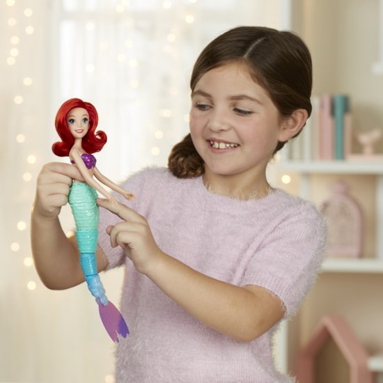 Disney Princess Zwemmende Ariel - Pop - 34,3 cm