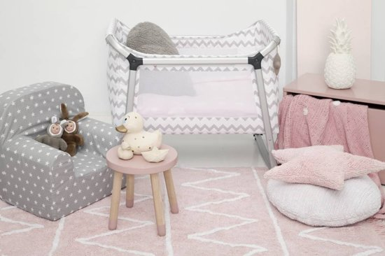 Comfortabel Vloerkleed Babykamer : Bol vloerkleed kinderkamer hippy roze cm
