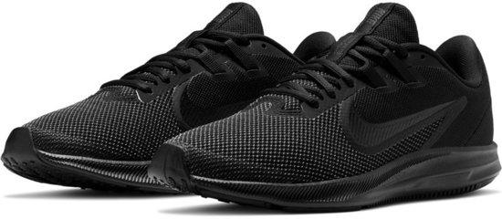 Nike Sportschoenen - Maat 38 - Vrouwen - zwart