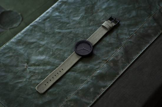 LEFF amsterdam tube watch D38 black / green nylon-leather strap