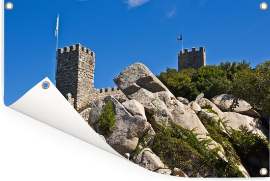 Versterkte muren van het kasteel dos Mouros in het Portugese Sintra Tuinposter 90x60 cm - Tuindoek / Buitencanvas / Schilderijen voor buiten (tuin decoratie)