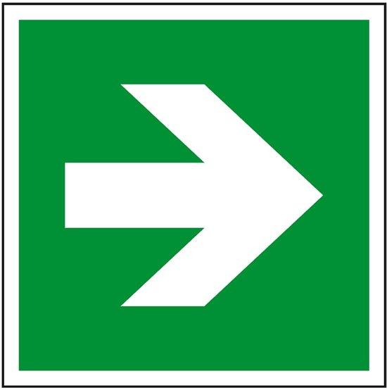 Evacuatiepictogram richtingspijl rechtdoor, ISO 7010, bord 200 x 200 mm