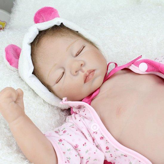 Reborn baby pop (hand gemaakt) in beren kleertjes  – Knuffelpop - Levensecht sleeping baby 55cm